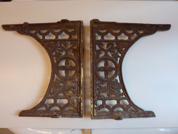 Pair of Victorian Throne Seat Cast Iron Brackets C.1890
