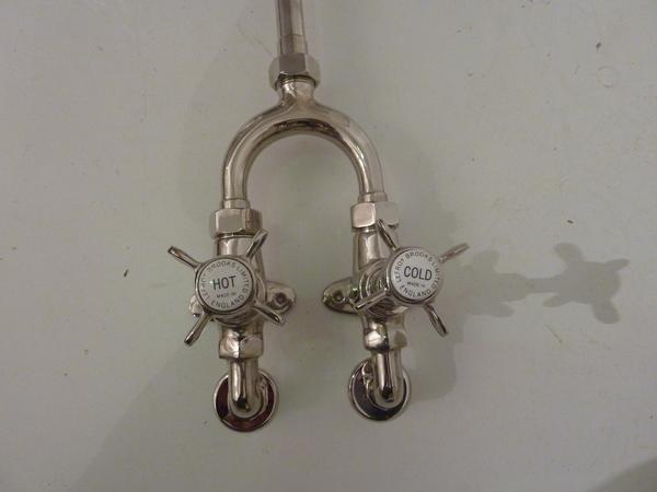 Lefroy Wishbone Shower in Nickel Plate