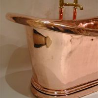 French Copper Bateau Bath with full roll edge and extra plinth C.19th