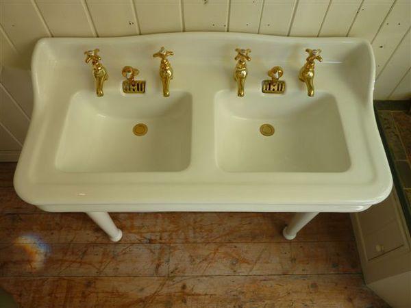 jacob delafon paris double basin with splasback antique basins sinks stiffkey antique. Black Bedroom Furniture Sets. Home Design Ideas