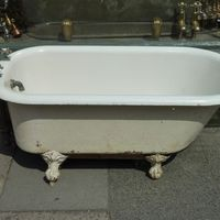 Small American Plunger Bath C.1900