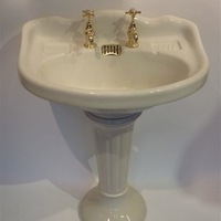 French Basin & Pedestal C.1920