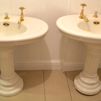 Pair of Jacob Delafon Basin and Pedestal C.1900