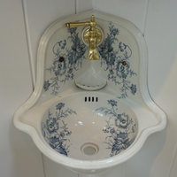 Small Victorian Corner Basin with Blue Floral Transfers