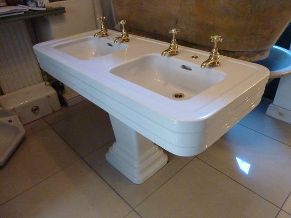 art deco double basin by jacob delafon antique basins sinks stiffkey antique bathrooms. Black Bedroom Furniture Sets. Home Design Ideas