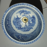 Victorian Round Plug Basin with Blue Transfers C.1860
