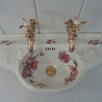 Very Small Polychrome Cloakroom Basin C.1890
