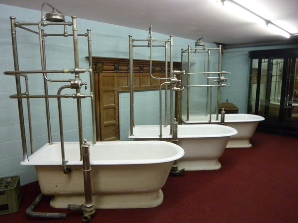 3 Shower Baths just arrived