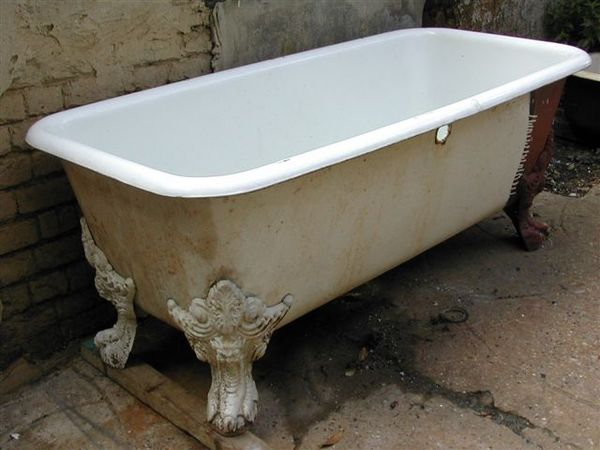 French Double-Ended 'Roman' Bath with Central Waste/Overflow and Devil Head Feet c.1870
