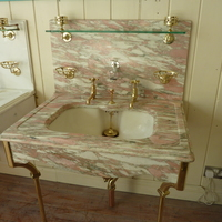Complete and Original Edwardian Marble Basin by Shanks C.1900